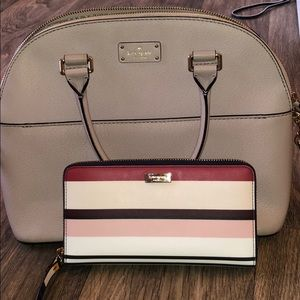 Kate spade cross body purse with matching wallet!